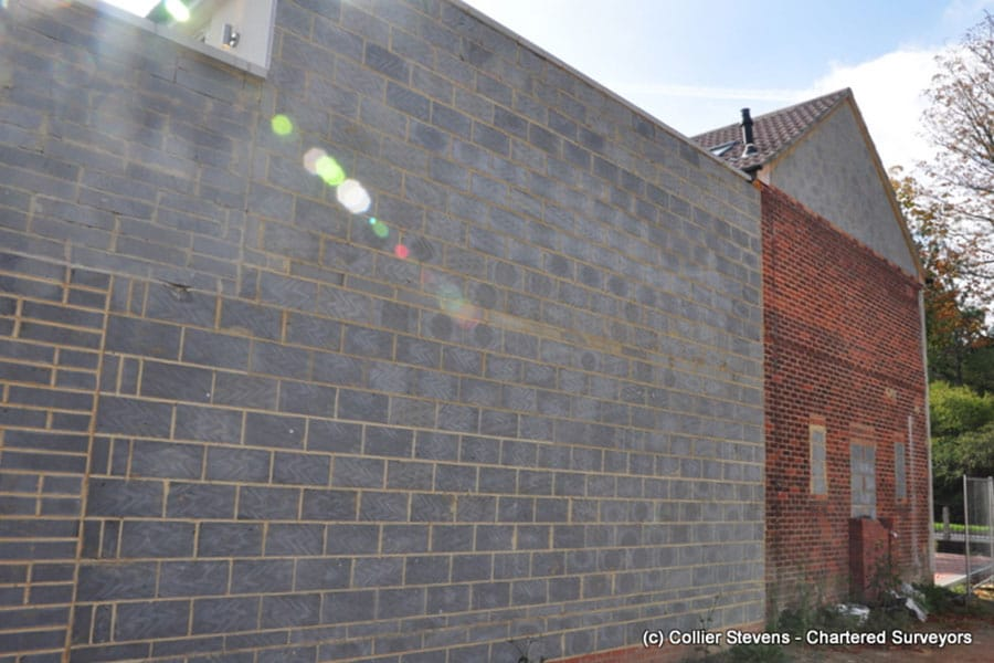 new wall on the boundary - can i use neighbours wall?
