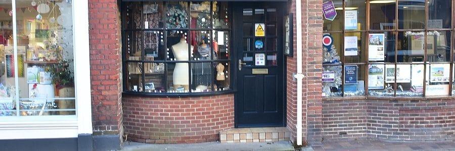 DDA Access Clothes Shop